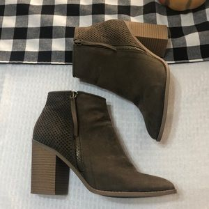 Suede booties in Olive Green